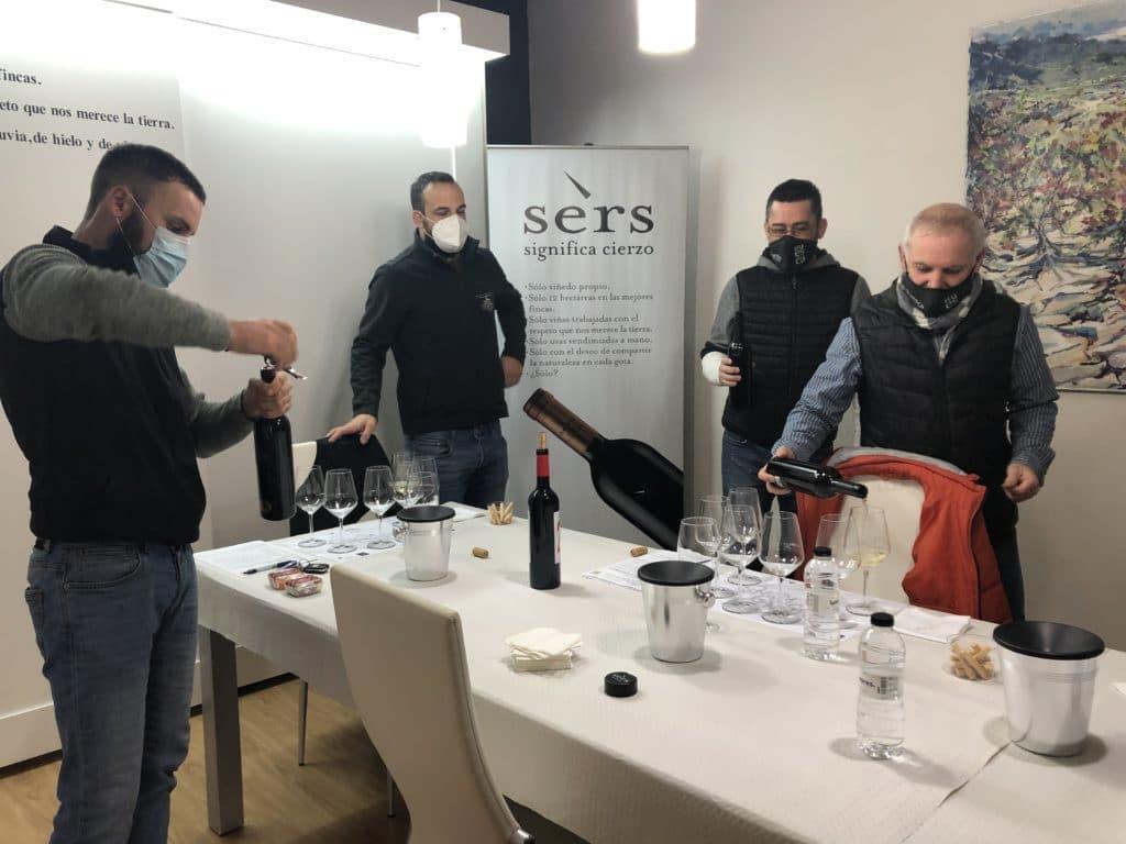 Vignerons de Huesca 2021 - Panel de cata en Bodegas Sers - Cofita